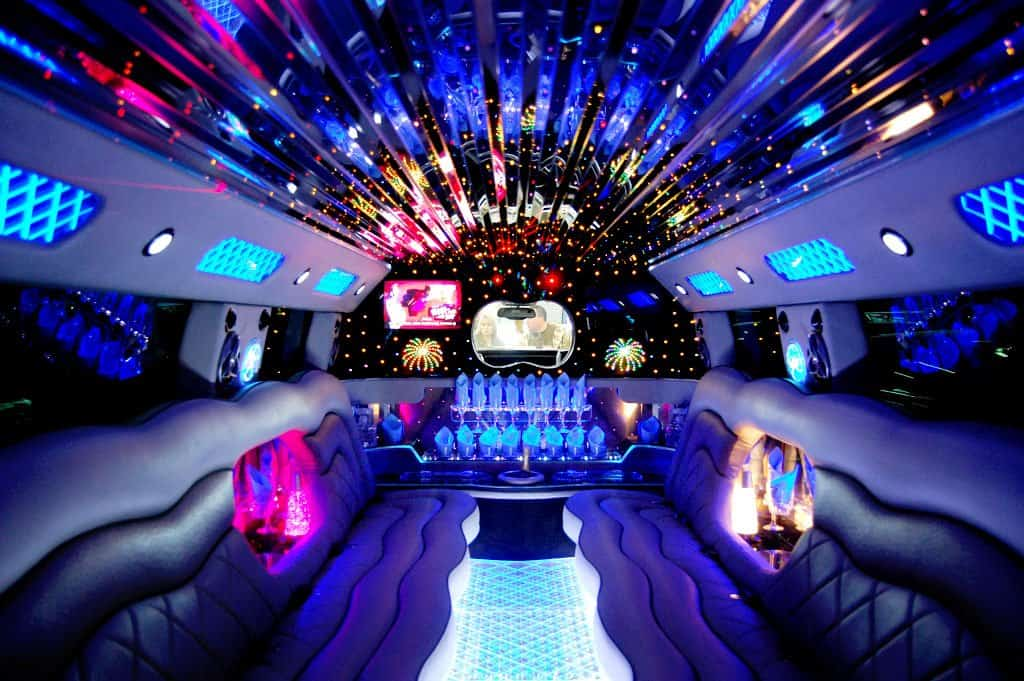 Night Out Limo Service – <span>Fine Dine and Party in Style</span>