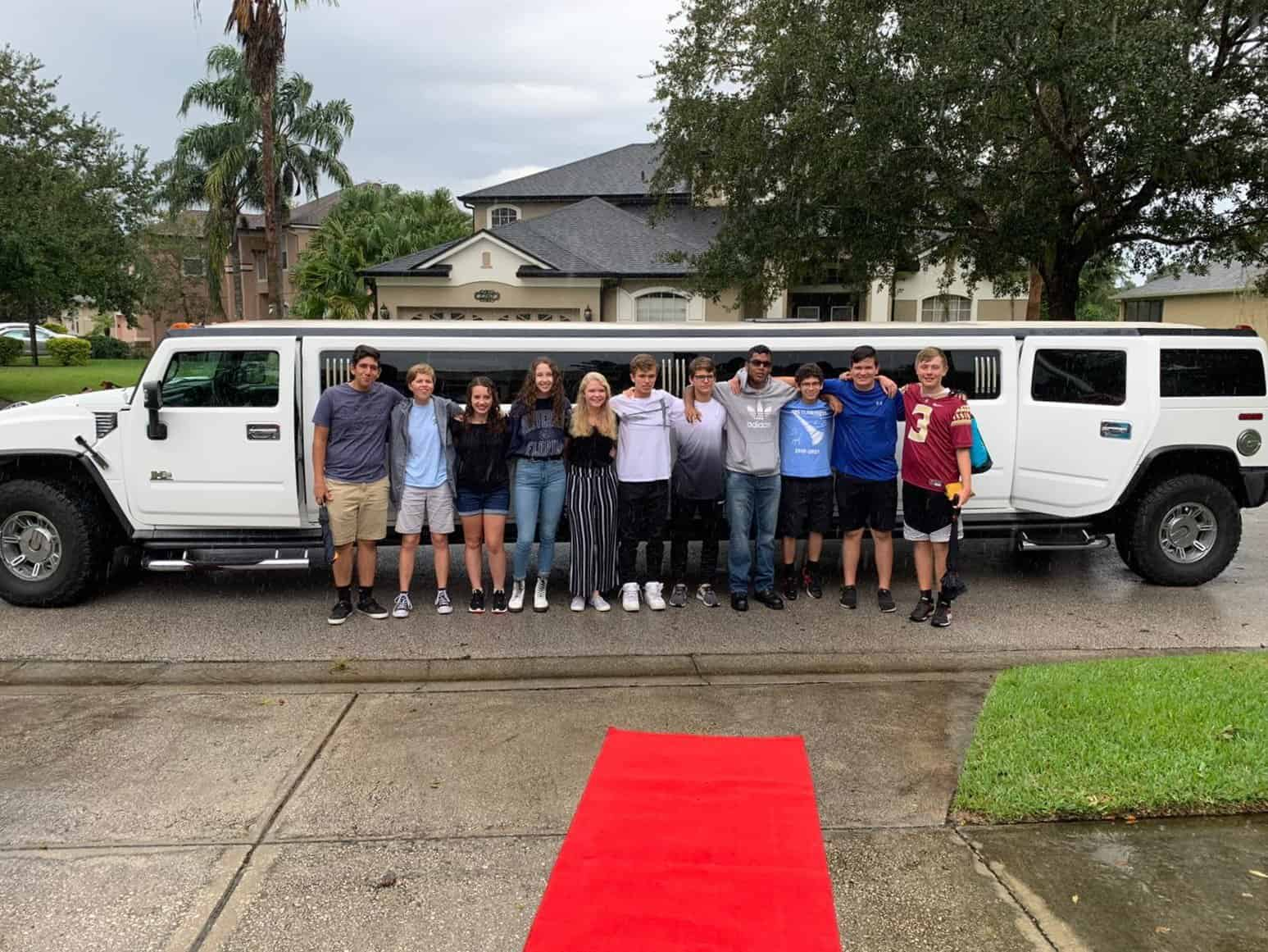 Orlando Limo Ride For Teenager Friends