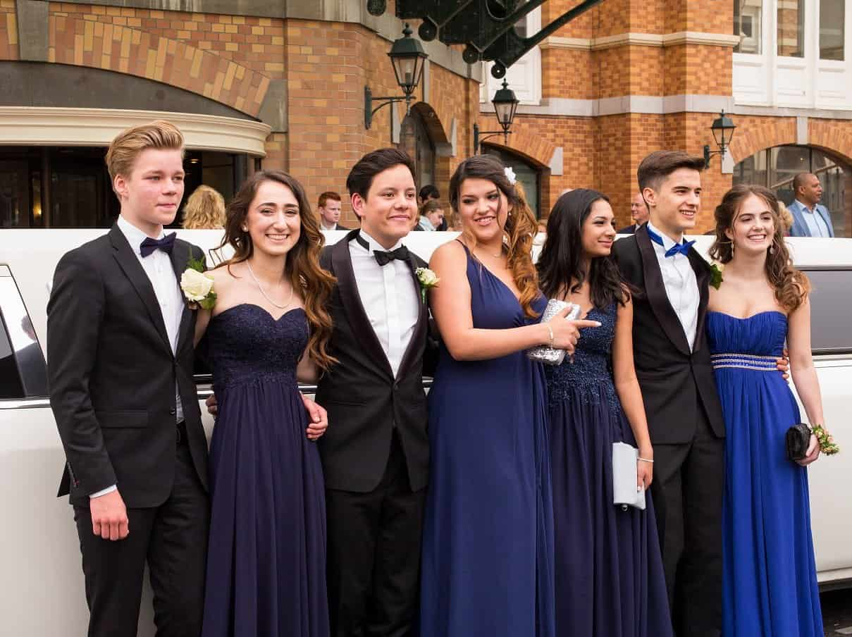 Beautiful Couples with their Orlando Prom Limo